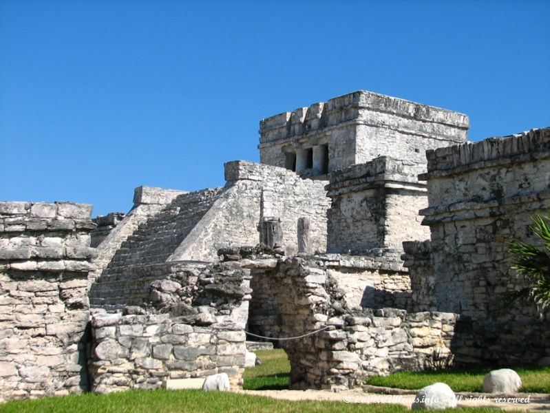 Le Castillo, le temple le plus imposant de Tulum