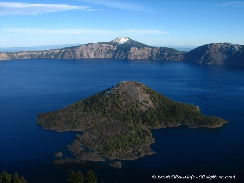Crater Lake et son ile