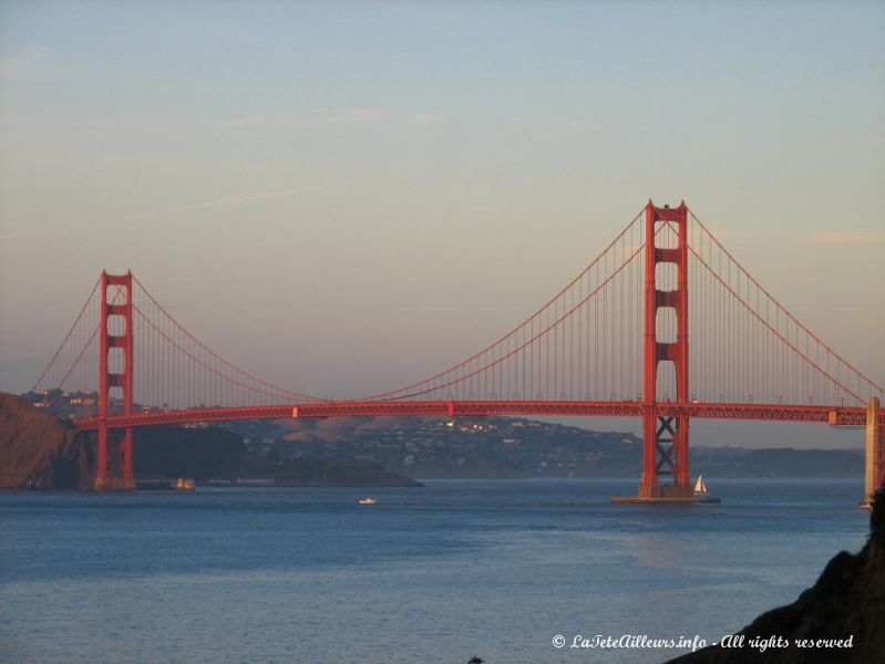 Le Golden Gate Bridge, celebre pont de San Francisco