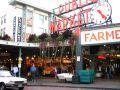 A l'exterieur du Pike Place Market
